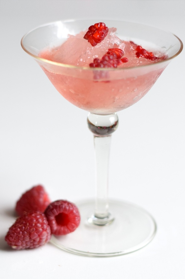 Raspberry Lush Gin Slush cocktail