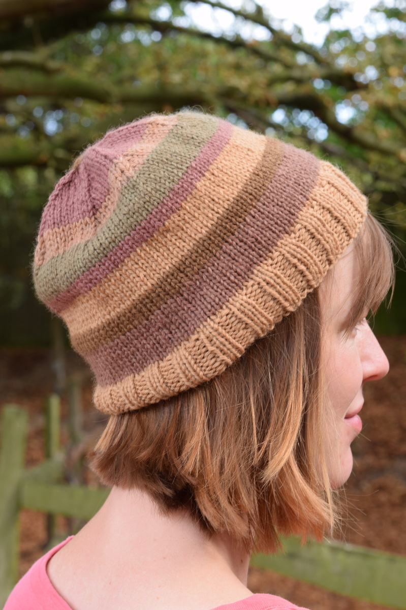 hat made with wool dyed with blackberries and brambles