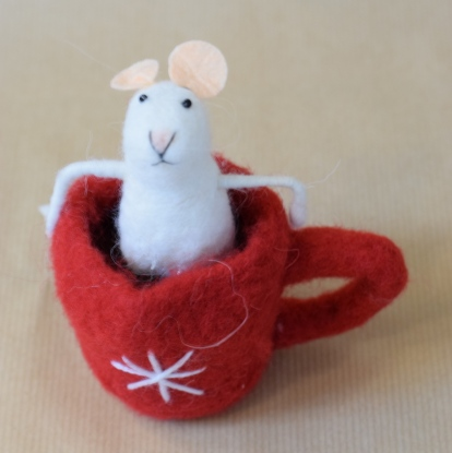 Christmas decoration trends 2017 white mouse
