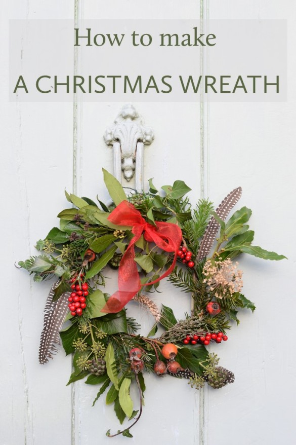 How to make a rustic Christmas wreath