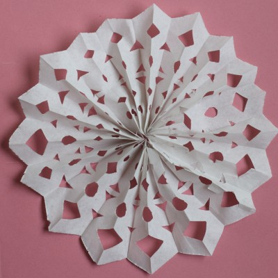 Making concertina paper snowflake step 4